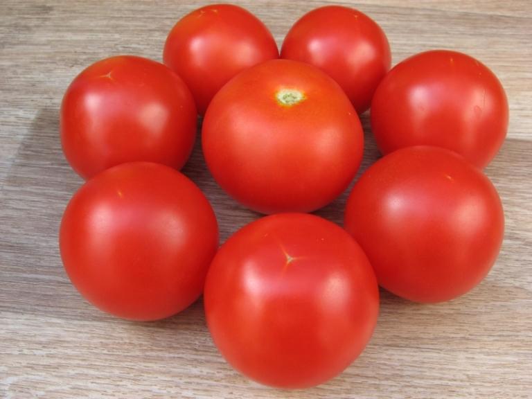 достоинства томата санька